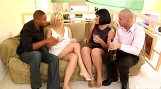 Swinger porn with polygamous couples and polyamorous chicks