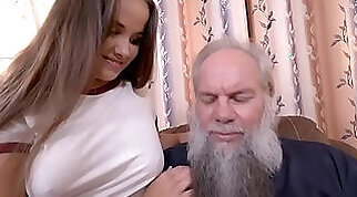 Old and young porn: young vs old in online sex videos XXX